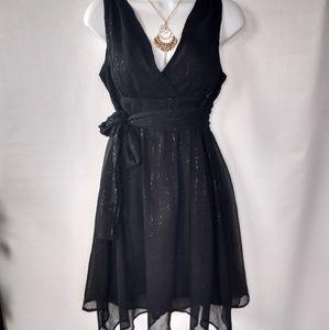 Dresses & Skirts - EUC GUESS JEANS LITTLE BLACK DRESS